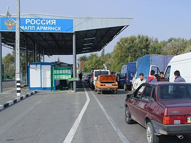 Границу с Украиной в Крыму ежедневно пересекают до 15 тыс. человек